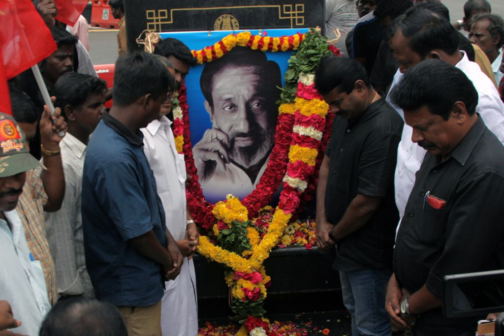 sivaji-ganesan-memorial-day-2016-seemanIMG_4274