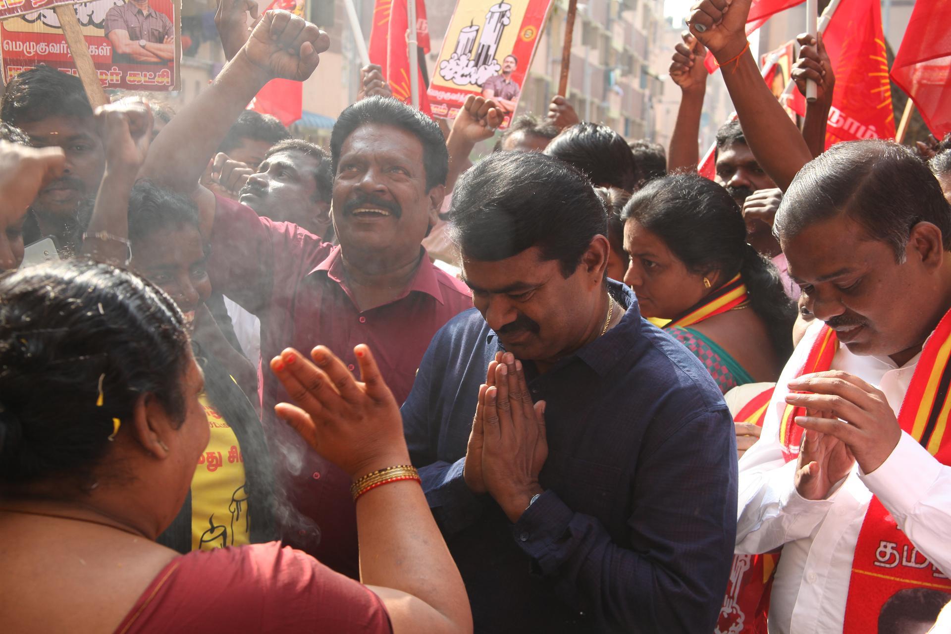 ஆர்.கே நகர் தேர்தல்களம்: 10-12-2017 10வது நாள்   சீமான் வாக்கு சேகரிப்பு மற்றும் பொதுக்கூட்டம்