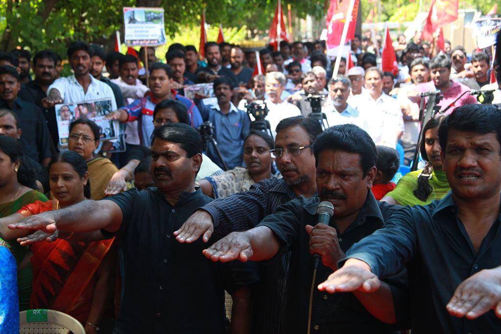 27x13  மாபெரும் கண்டன ஆர்ப்பாட்டம் – சென்னை வள்ளுவர் கோட்டம் 24-07-2016 seeman protest kashmir issue piyush manush arrest4