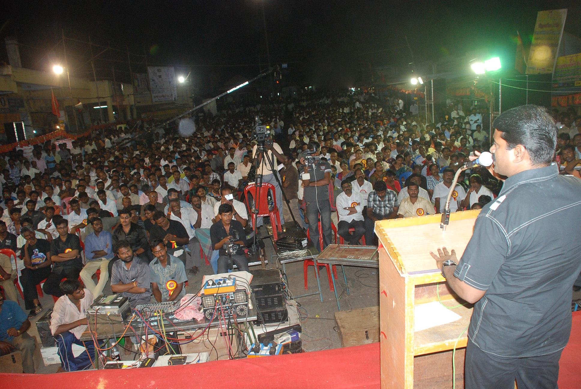 seeman therthal parapurai stills 1600