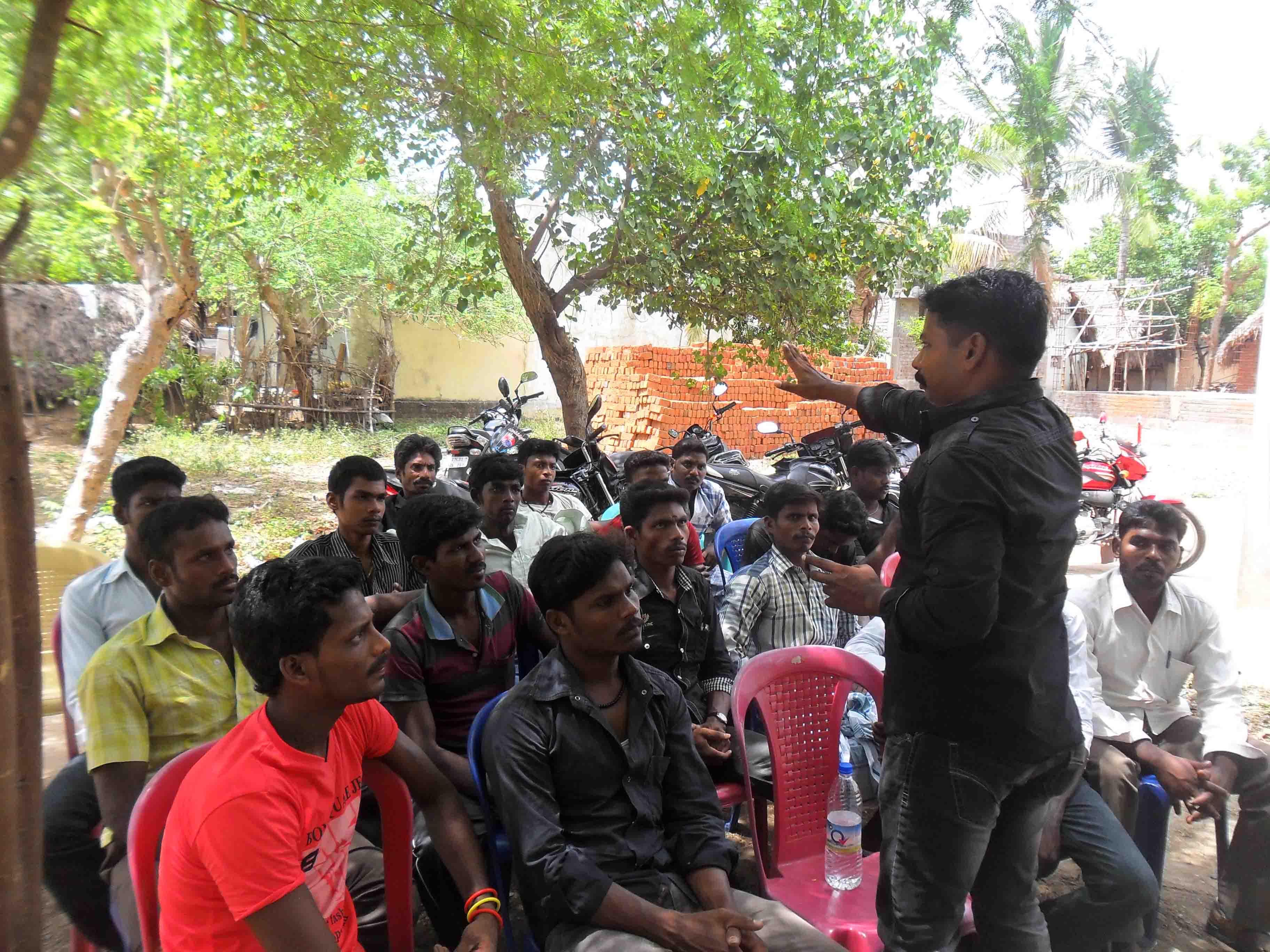 பண்ருட்டி நகராட்சி 12வது வார்டு பகுதியில் நடைபெற்ற கலந்தாய்வு கூட்டம்.