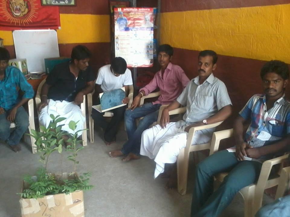 ஈரோடை மாவட்டம் -கோபி ஒன்றிய கலந்தாய்வு மற்றும் மரம் நடும் விழா  27.07.2014 அன்று நடைப்பெற்றது .