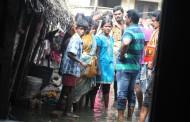 பூந்தமல்லி பகுதியில் நிவாரணப் பணிகளில் சீமான்