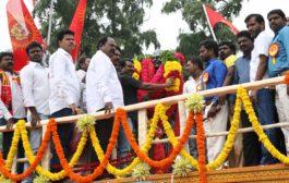 'தமிழர் தந்தை' சி.பா. ஆதித்தனார் 113ஆம் ஆண்டு பிறந்தநாள்: சீமான் மலர்வணக்கம்  அதிகாரப்பூர்வ இணையதளம் naam tamilar katchi seeman paying floral tributes si paa aadhithanar 113th birth anniversary5 265x168