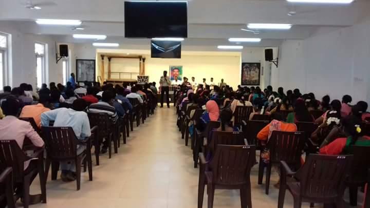 காயாமொழி ஊராட்சி சார்பாக நடத்திய அரசு மாதிாி வினா விடை தேர்வின் முடிவுகள் kaayamozhi naam tamilar katchi conducted arasu mathiri vina vidai thervu 28 01 2018 govt model exam hall
