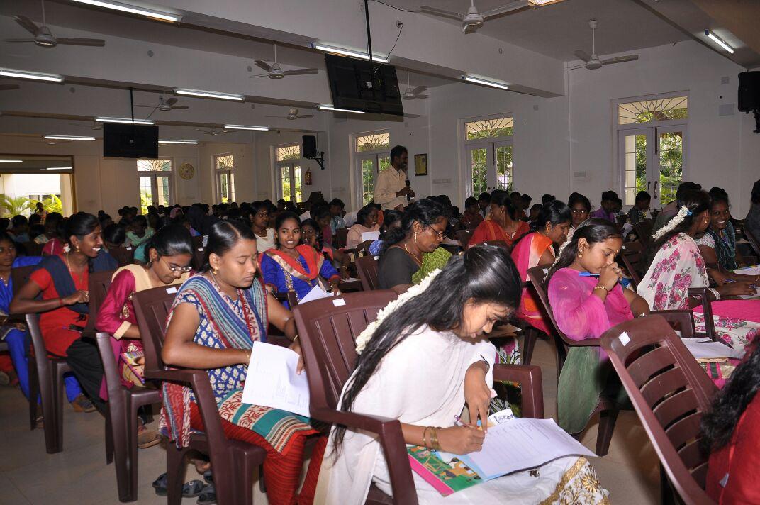 காயாமொழி ஊராட்சி சார்பாக நடத்திய அரசு மாதிாி வினா விடை தேர்வின் முடிவுகள் kaayamozhi naam tamilar katchi conducted arasu mathiri vina vidai thervu 28 01 2018 govt model exam