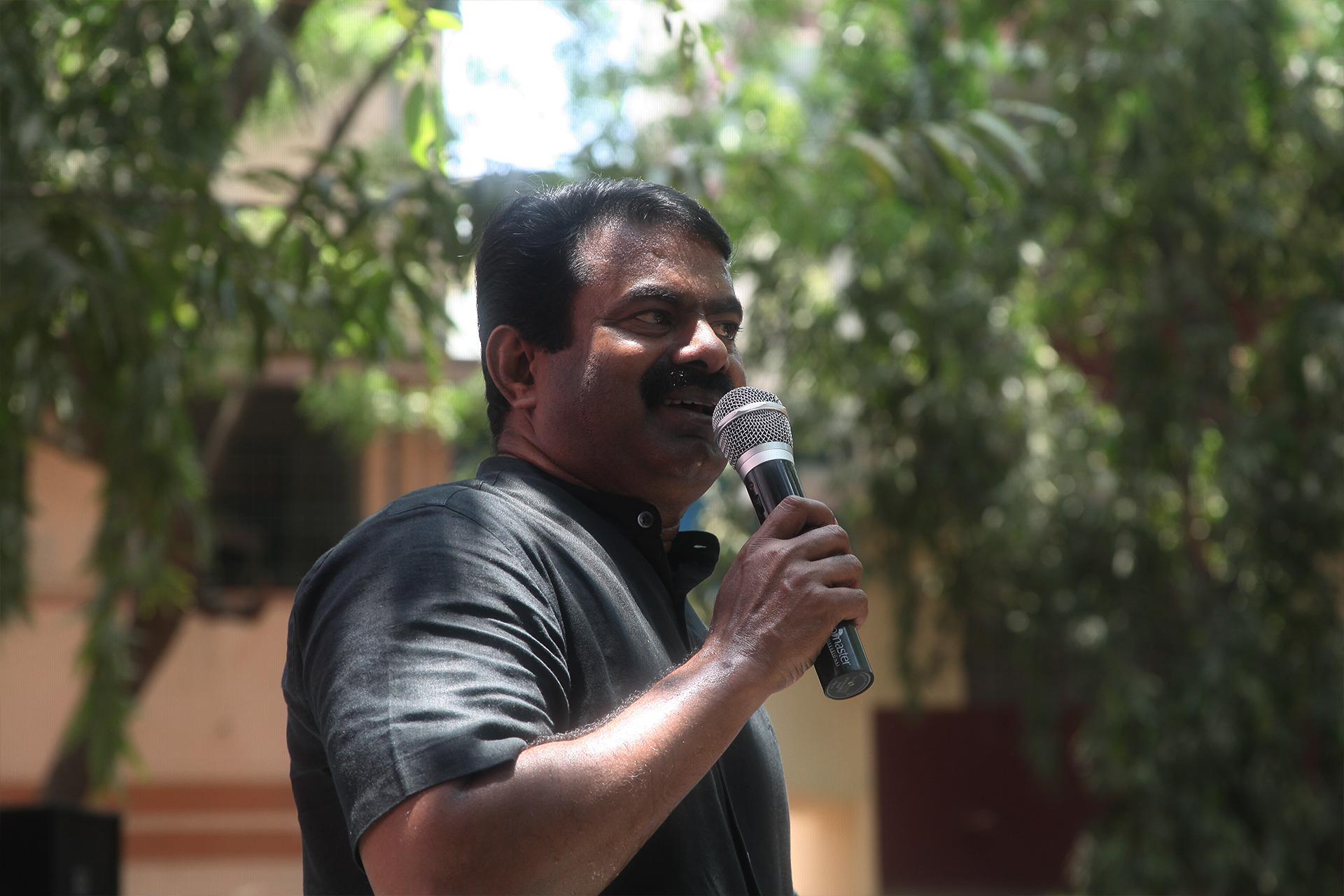 ஊதிய முரண்பாடுகளைக் களையக்கோரி இடைநிலை ஆசிரியர்கள் தொடர் போராட்டம் – சீமான் நேரில் ஆதரவு TET Secondary Teachers Protest Equal Pay For Equal Post Chennai Seeman Support 4
