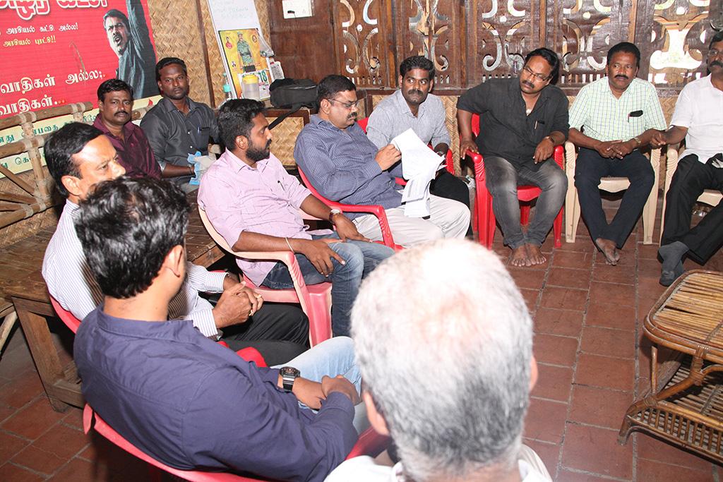 காவிரி உரிமை மீட்புப் போராட்டம்: பொய் வழக்குகளில் தொடர்ச்சியாக நாம் தமிழர் கட்சியினர் கைது – வழக்கறிஞர் பாசறை கலந்தாய்வு ntk advocates wing conference naam tamilar katchi cauvery protest chennai 4