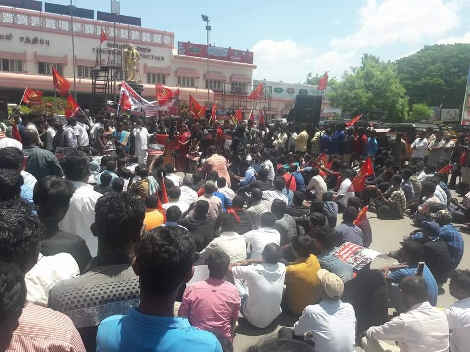 தூத்துக்குடி அரசப் பயங்கரவாதத்தைக் கண்டித்து சீமான் தலைமையில் ஆர்ப்பாட்டம் – திருநெல்வேலி naam tamilar katchi seeman pressmeet sterlite protest thootthukudi thirunelveli railway junction massacre