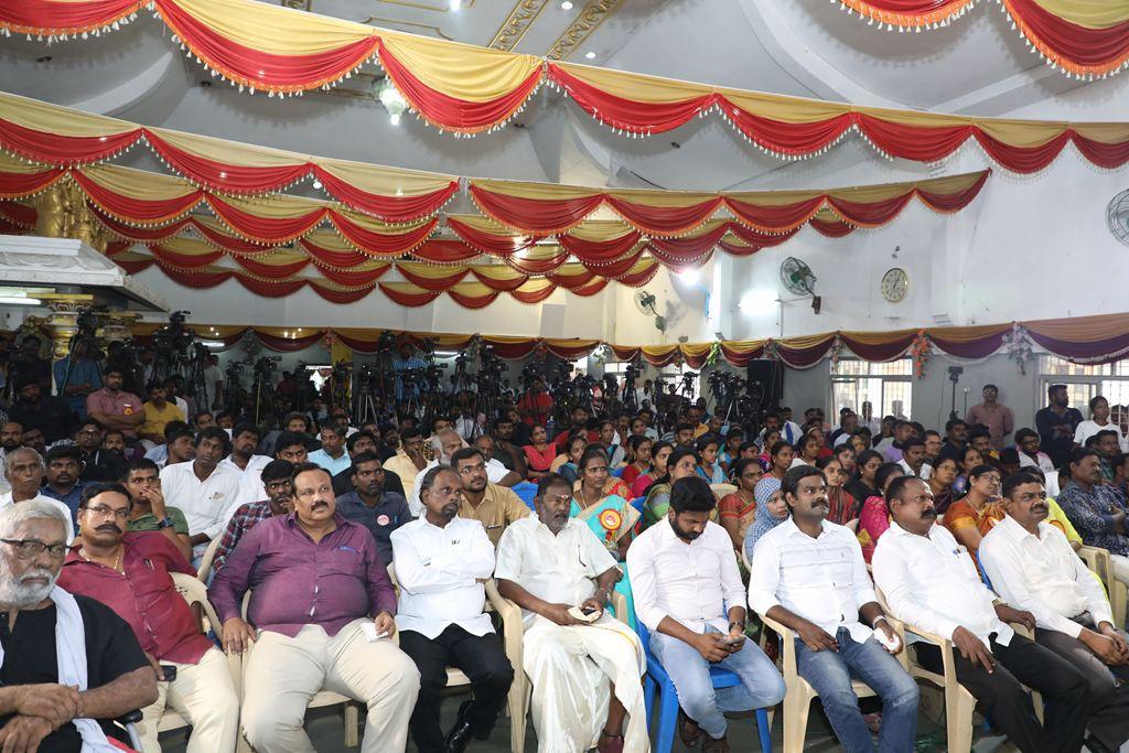 Tamil-Leader-Prabhakaran-Birthday-65-Celebration-Naam-Tamilar-Katchi-Seeman-Chennai-Porur-60