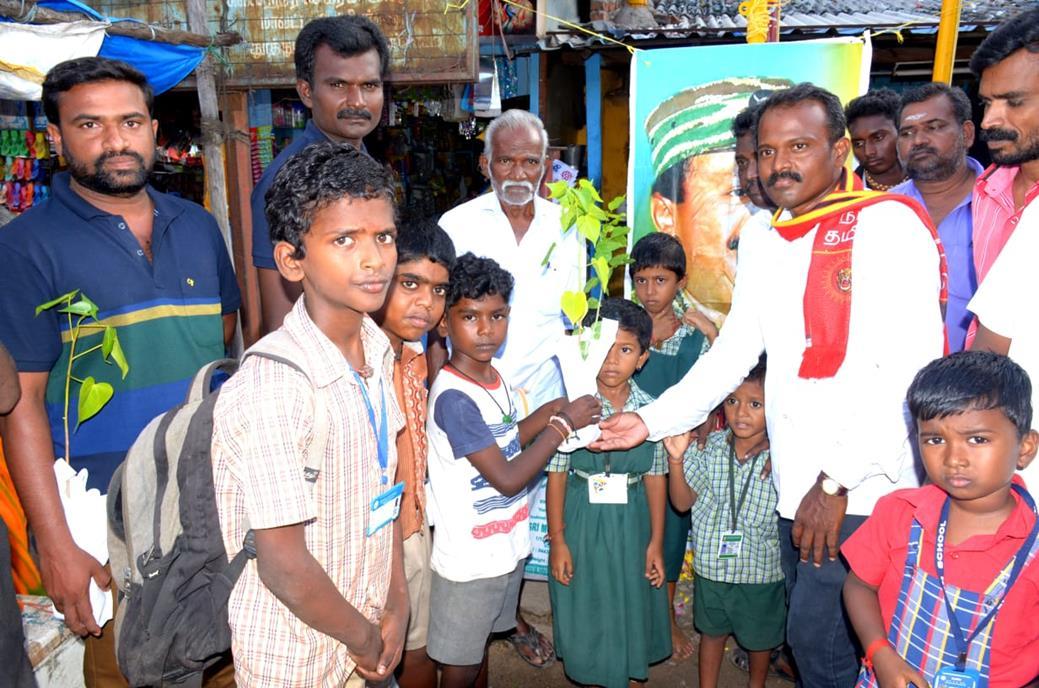 தலைவர் பிறந்த நாள் விழா:விளாத்திகுளம் தொகுதி