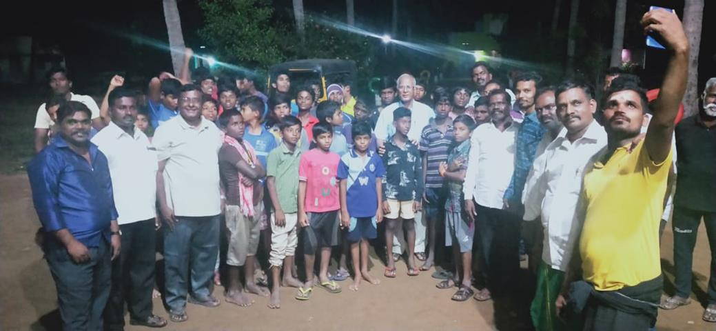 தலைவர் பிறந்த நாள் விழா :கும்மிடிப்பூண்டி தொகுதி